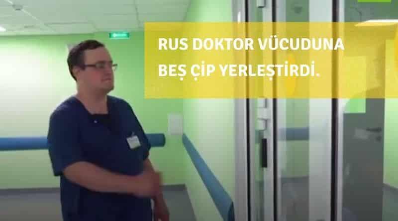 Rus Doktor Vücuduna Yerleştirdiği Çiplerle Kapıları Açıp Bankamatikten Para Çekebiliyor
